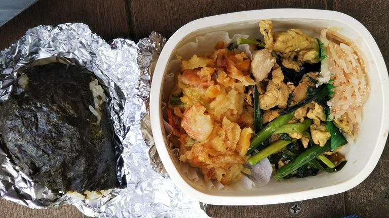 味付けかき揚げ。ニラと豚肉炒め・大根明太子和え