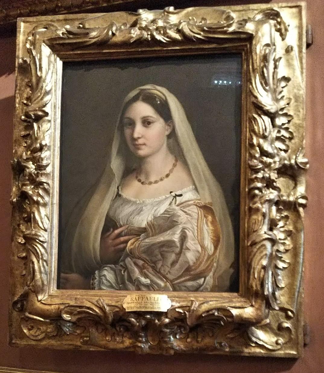 ラファエロ《ベールを被る婦人の肖像》