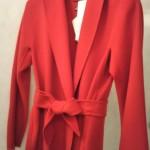 コートも赤