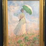 モネの名作「日傘の女」