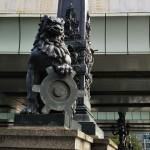 東野圭吾の「麒麟の翼」に出てくる日本橋(これは獅子)