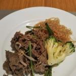 朝食でプルコギ&チャプチェ韓国代表料理を食す