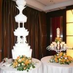 豪華なウェディングケーキ!