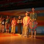 タイ舞踊のステージに何故か私がいる???