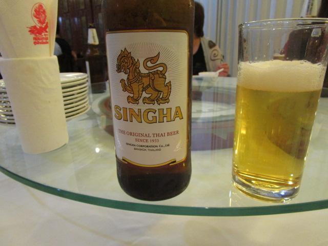 タイ料理にはシンハーがよく合う