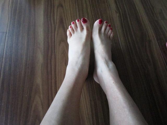 12日朝の足(だいぶすっきりしてきたでしょ?)