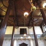 天井が高くて重厚感にあふれている