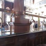 当時の銀行の窓口